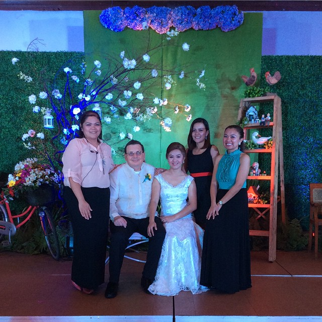 Power of 3. BBF's Leah Doris Doria (right), Marie Montecillo (left) and Scarlet versoza (center) with the Bride and Groom.